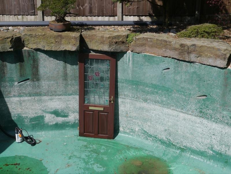 Filter house door